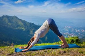 woman-downward-dog-yoga.jpg.653x0_q80_crop-smart